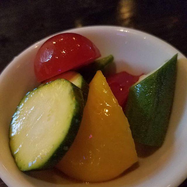 今日☆プレ☆です今日のお通しは 【 春野菜のピクルス 】皆様お待ちしております☆