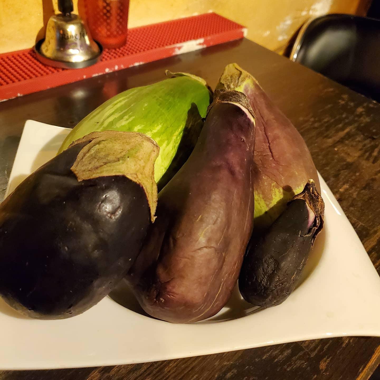 ☆*°今日☆*°☆*°プレ☆*°☆*°death。。。(lll __ __)バタッ今夜のお通しはーー!「5種類のナスと夏野菜の麻婆茄子」皆様ーー!お待ちしております☆*°